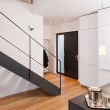 hpl treppen gerade hpl treppe stufen in der holzart eiche mosaik astig geölt