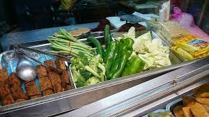 cuisine a炳 彰化大炳素食烤玉米滷味塩酥g 歡迎大家來品嘗好吃的素食
