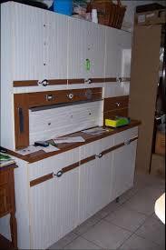 relooker une cuisine en formica cuisine formica marron idées décoration intérieure farik us