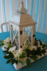 Diy Lantern Centerpiece Weddingbee by Lantern And Flower Centerpiece Pictures Weddingbee