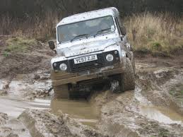 land rover mud 12 best 4x4 off road land rover experience yorkshire outdoors