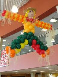 graduation balloon centrepieces pinterest graduation