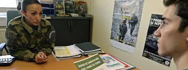 bureau de recrutement militaire depuis les attentats les centres de recrutement militaires voient
