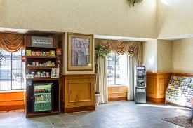 Comfort Suites Breakfast Hours Comfort Suites Airport 2017 Room Prices Deals U0026 Reviews Expedia