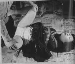 昭和 無修正 白黒エロ写真|オムツカバー姿 昭和のSM雑誌のモノクロ写真 #08:おむつカバー&ラブドール フェチ日記