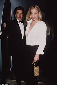 Carolyn Bessette How Jfk Jr Thought His Wedding Would Help Him Escape Media Daily