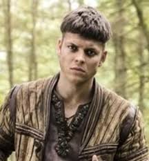 ragnar lothbrok cut his hair vikings season 4 update ivar the boneless will rise together