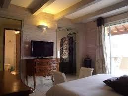 chambres d hotes chateauneuf du pape location châteauneuf du pape dans une chambre d hôte avec iha