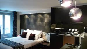 spot chambre rénovation d un petit espace comme une chambre d hôtel galerie