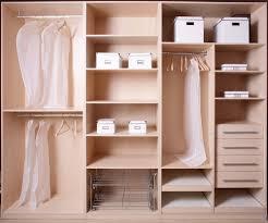 Schlafzimmerschrank Reinigen 20 Tipps Für Einen Aufgeräumten Kleiderschrank Wohnen