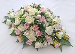 table top flower arrangements 94 best candle flower arrangement for wedding images on