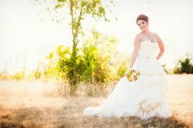 Wedding Photographer Dallas Jessica Bridal Portraits In A Wild Field Dallas Wedding Photography