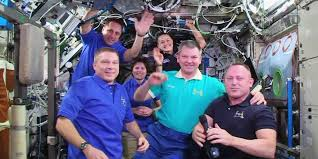 soyuz tma 14m crew returns to earth after 167 day mission