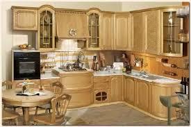 des cuisines en bois meuble cuisine en bois brut porte meuble cuisine bois brut dans