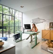 Schreibtisch Einrichtung Den Schreibtisch Richtig Positionieren U2013 Darauf Sollte Man Achten