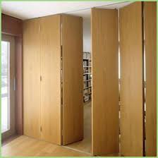 Accordion Room Divider Portable Accordion Room Dividers Elegantly Forbes Ave Suites