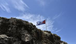Cuban Flag Images Us More Victims Of Sonic Weapon In Cuba Cnn Video