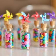 inexpensive party favors a and inexpensive idea for party favors by estefi machado