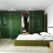 ikea dressing chambre dressing dans chambre avec armoire ikea une mansardee lolabanet com