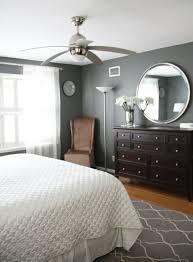 wohnideen schlafzimmer grau wohnideen farbideen schlafzimmer graue wandgestaltung kommode bett
