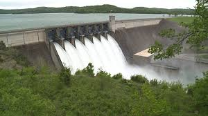 Table Rock Lake Flooding Flood Gates At Beaver Lake And Dam In Process Of Being Lowered