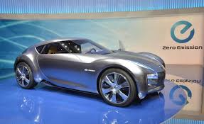 nissan small sports car bmw and nissan think small sportscars are the future