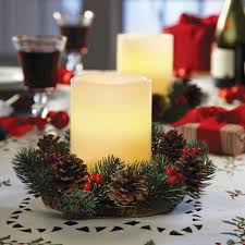 christmas candle centerpiece ideas 40 ideas for christmas candles on table