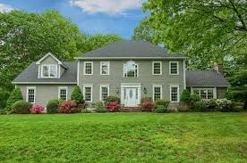 round table woodside rd 2 round table rd shrewsbury ma 01545 mls 72173103 redfin