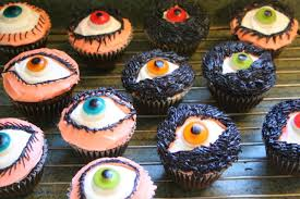 Easy Halloween Cake Decorating Ideas Killer Cupcakes 6 Cute U0026 Creepy Halloween Desserts Food Hacks