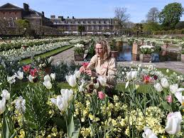 what is kensington palace princess diana memorial garden opens at kensington palace