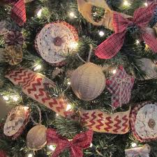 burlap homespun tree decorations rags n rhinestones