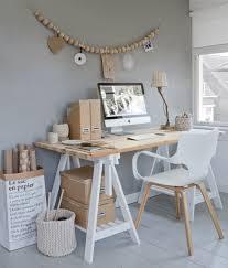 le de bureau deco déco scandinave 30 idées sur l intérieur de style pur et simple