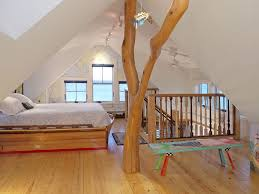 How To Cool Upstairs Bedrooms How Cool Is This Cape Cod Bedroom Cape Cod Bedrooms Pinterest