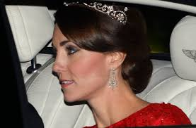 kate middleton diamond earrings kate middleton in dazzling diamond tiara chandelier earrings