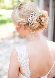directions for easy updos for medium hair best 25 how to updo for medium hair ideas on pinterest simple