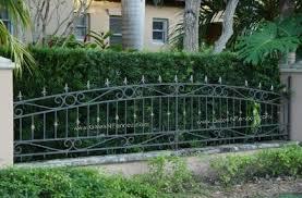 picket fences aluminum fence aluminum picket fence wrought iron fences