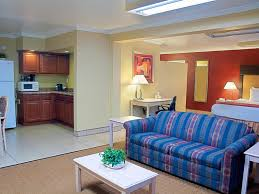 Hotel Rooms With Living Rooms by Executive Suite King Size Bed Living Room Hotel Tucson City Center