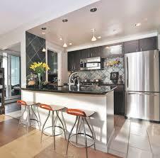 plafond de cuisine design ilot pour cuisine 9 home staging pour armoires de