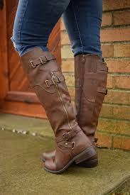 womens boots zip up back the robbin boots are a rich brown color that goes perfectly with
