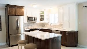 cuisine 2 couleurs cuisine à 2 couleurs les armoires séguin cabinets