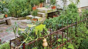 Winter Vegetable Garden Southern California When To Plant Vegetables Down South By Month Southern Living