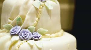 affordable wedding cakes ideas affordable wedding cake gorgeous bud cakes how to save money