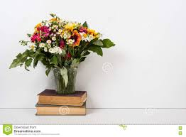 Flower Home Decoration by Interior Home Decor With Flowers And Books Simple Summer