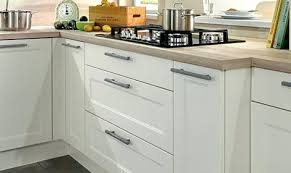 changer poignee meuble cuisine changer les portes des meubles de cuisine poignees portes cuisine