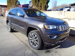 jeep granite crystal metallic clearcoat 2017 jeep grand cherokee overland in granite crystal metallic