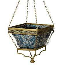 bombay outdoors gold chloe hanging planter with blue liner a100034