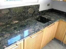granit pour plan de travail cuisine plan travail granit prix top plan de travail cuisine en lave with