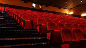 home movie theater chairs viralitytoday you u0027ve been sitting wrong in a movie theater your