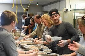 berks realtors deliver thanksgiving dinner to seniors reading