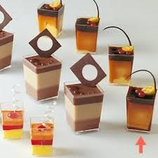 clear plastic dessert cups for stacked brownies mini layer cakes